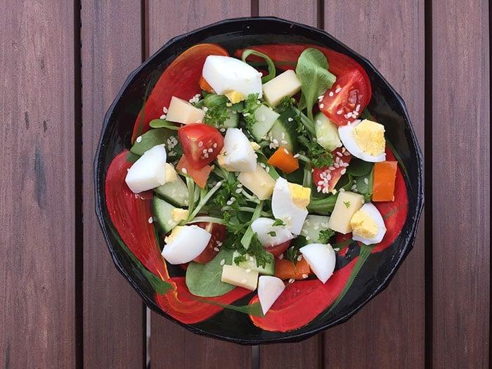 Salade de mache oeuf et fromage