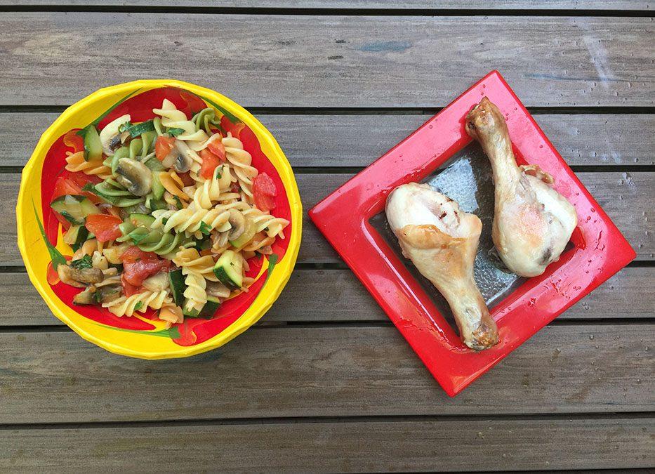 Pâtes colorées aux légumes & poulet pour Super Boîte à Lunch