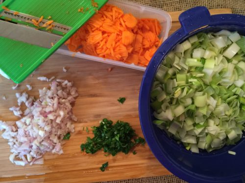 Préparer les légumes pour super boîte à lunch