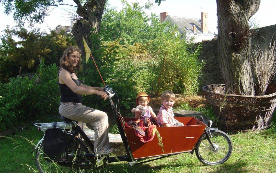 Maman autour du monde : Laetitia nous raconte l'école à la maison en France!