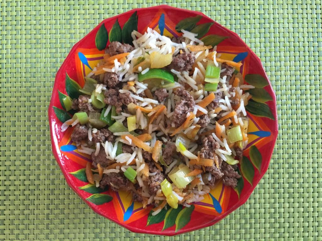 Riz aux poireaux, carottes et viande hachée de Super Boîte à Lunch