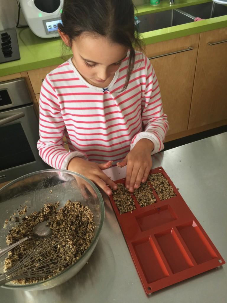Fabrication des barres de céréales pour Super Boîte à Lunch