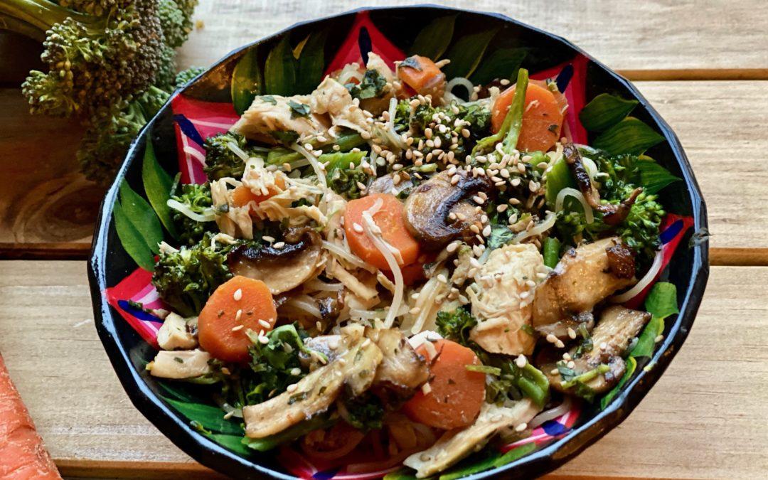 LUNCHBOX DU JOUR : Vermicelles de riz aux carottes, brocolis et champignons